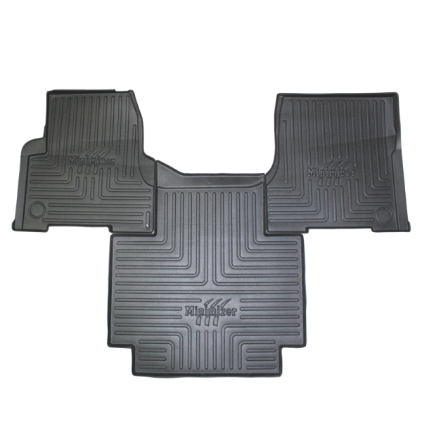 Volvo Automatic Transmission Floormat (w/ Minimizer Logo Label)